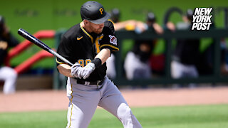 Todd Frazier gets in ugly spat with radio host after Pirates release: 'Absolute slob'
