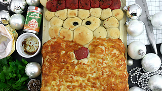 Santa Claus pull-apart pizza bread recipe - Video