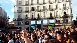 Thousands Turn Out for Catalonia Solidarity Rally in Madrid - Video