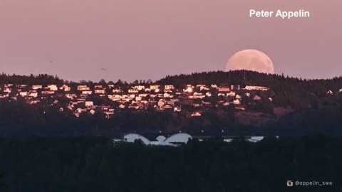 Time-lapse video shows total lunar eclipse from Sweden