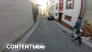 Riding Through the Streets of Porto [POV] - Video
