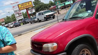 Two Young Kids Left in Hot Vehicle - Video