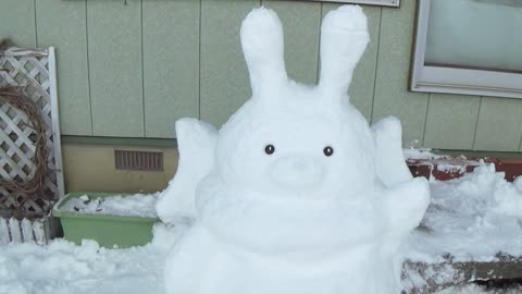 How to Make Rabbit Snow Sculpture!