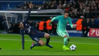 Neymar dive vs Di Maria ? - Video