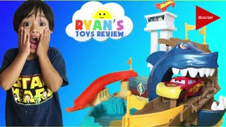 The 4 Year Old YouTuber, Ryan's Toy Reviews, Is BETTER THAN YOU on theFeed! - Video