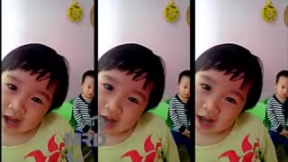 Cute little girl singing - look cute - Video