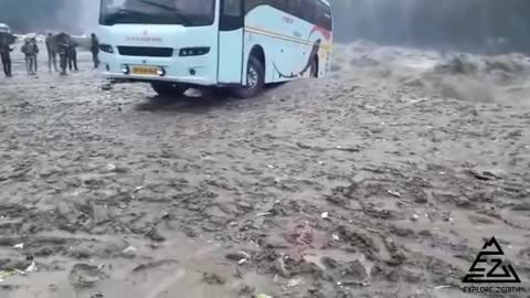 A big truck full of people sinks into the valley a terrible moment
