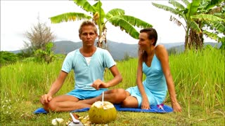 Wild coconut - Koh Chang, Thailand - Video