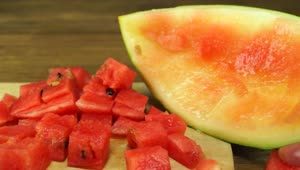 Life Hack: Fastest way to cube a watermelon - Video