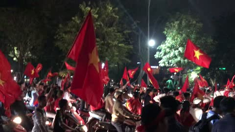 The passion of football fans Vietnam