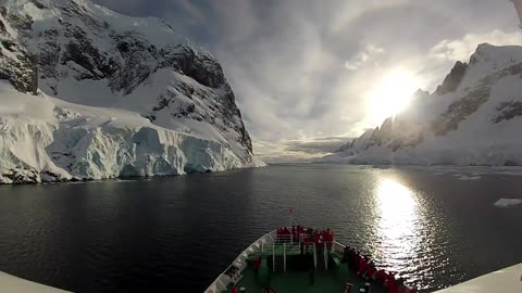 Breathtaking Time-Lapse Offers Incredible Experience Of Antarctica