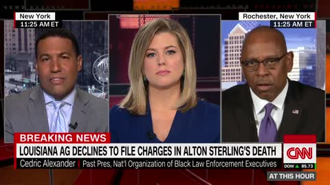 Louisiana AG Won't Bring Criminal Charges Against Police Officers in Alton Sterling Shooting