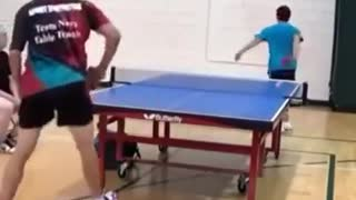 Lucky shot in ping pong - Video