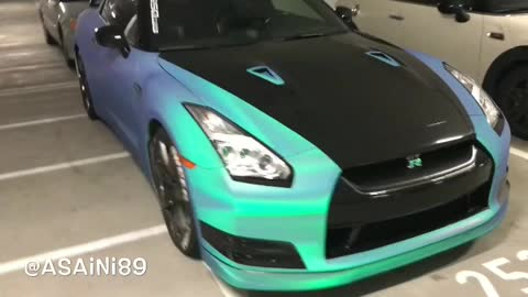 Check Out This Amazing App That Changes The Color Of Your Car