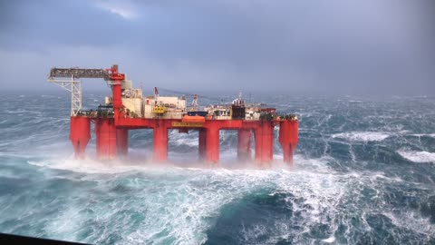 North Sea Oil Rig Rocks Like A Hurricane In Big Waves