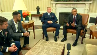 Obama meets with Paris train heroes - Video