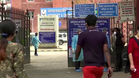 India COVID-19 cases surge as oxygen runs out