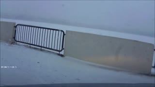 Car loses control on icy road in Russia - Video