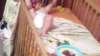 Funny Baby play for mobile - Video