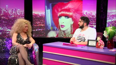 Wendy Ho: Look at Huh on Hey Qween with Jonny McGovern