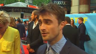 "Daniel Radcliffe talks about shedding Potter's cloak at UK premiere of ""What If"" - Video"