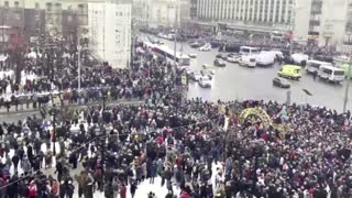 Russia detains thousands of Navalny supporters