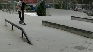 Skateboard slide - Almost had it but not quite - Video