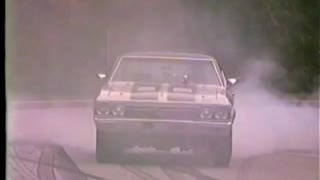 Chicago Street Racing 68 Chevelle SS V Road Runner Chicago Police Show Up