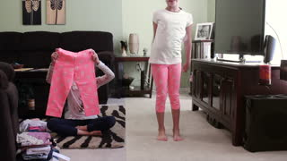 Cali's 4th grade back to school cloths haul and try on. - Video