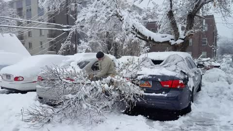 Salt Lake City pounded by damaging winter storm