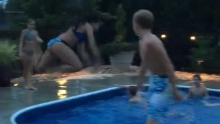 Girl bellyflops into pool. NOT SUMMER READY - Video