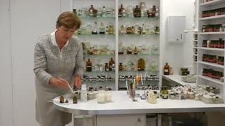 Some in perfume industry say European ban stinks - Video