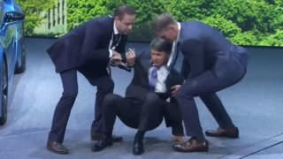 New BMW chief executive faints on stage at Frankfurt auto show - Video
