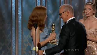 """Boyhood,"" ""Grand Budapest Hotel"" take Golden Globes; Ekberg dies - Video"