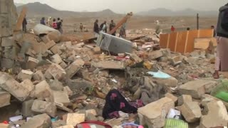 Three dead in Saudi-led coalition air strikes in Yemeni capital - Video