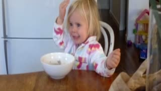 Baby Girl Is The Queen Of Changing Faces - Video