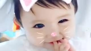 Cute baby MEO MEO MEO MEO - Video