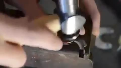 How to make a knife with 2 coins