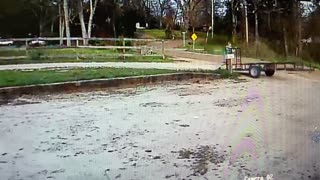 Man Loses Control of Trailer at the Cost of His Mailbox