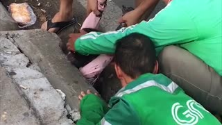 Rescuing a Little Girl that Fell into a Sewer