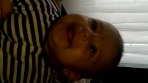 Hilarious baby laughing for the first time