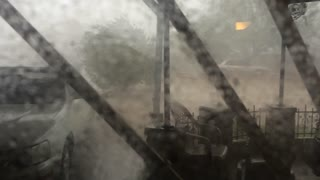 Monsoon storm slams Tucson, Arizona - Video