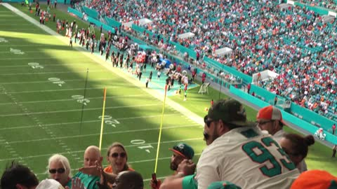Fan Fight Miami Dolphins vs San Francisco 49ers