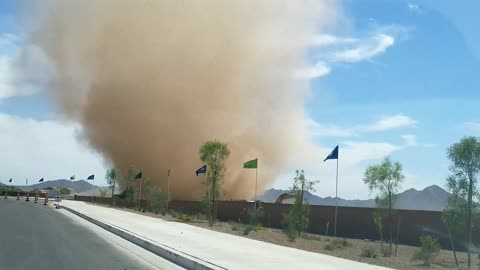 Massive Dust Devil in Arizona