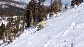 Guy yellow pants ski runs into tree fail - Video