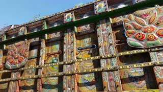 Beautiful Pakistan Truck Art - Video