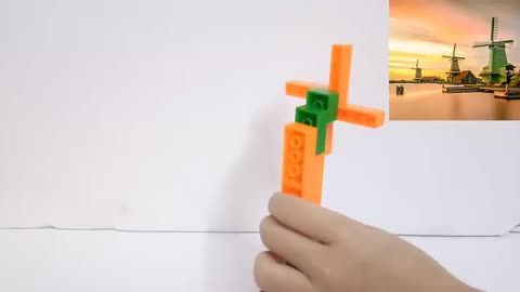 Simple assembly of LEGO windmills