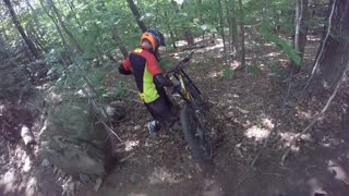 Downhill mountain bike crash - thunder mountain - Video