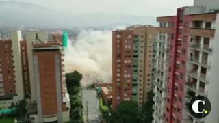 Video registró la implosión de un edificio en Medellín - Video