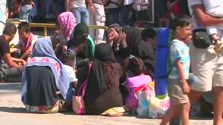 Migrants drown as Europe confronts growing crisis - Video